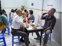 Cựu Tổng thống Obama tưởng nhớ đầu bếp Anthony Bourdain trên Twitter