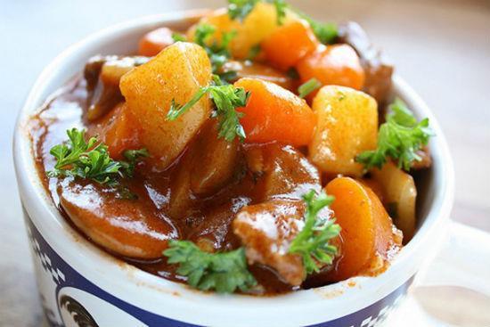 Những cách nấu thịt bò sốt vang ngon, mềm thơm đậm đà ăn mùa nào cũng thích-1
