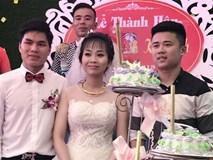"""Khách mời """"lầy lội"""" tặng 3 bao tải thóc mừng đám cưới: Cặp đôi cô dâu chú rể tiết lộ chuyện thú vị phía sau"""