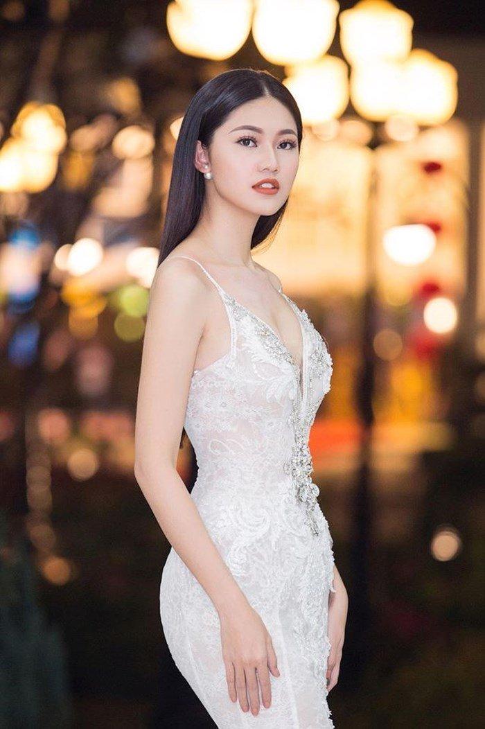 Vẻ gợi cảm của các hot girl VTV từng thi hoa hậu-26