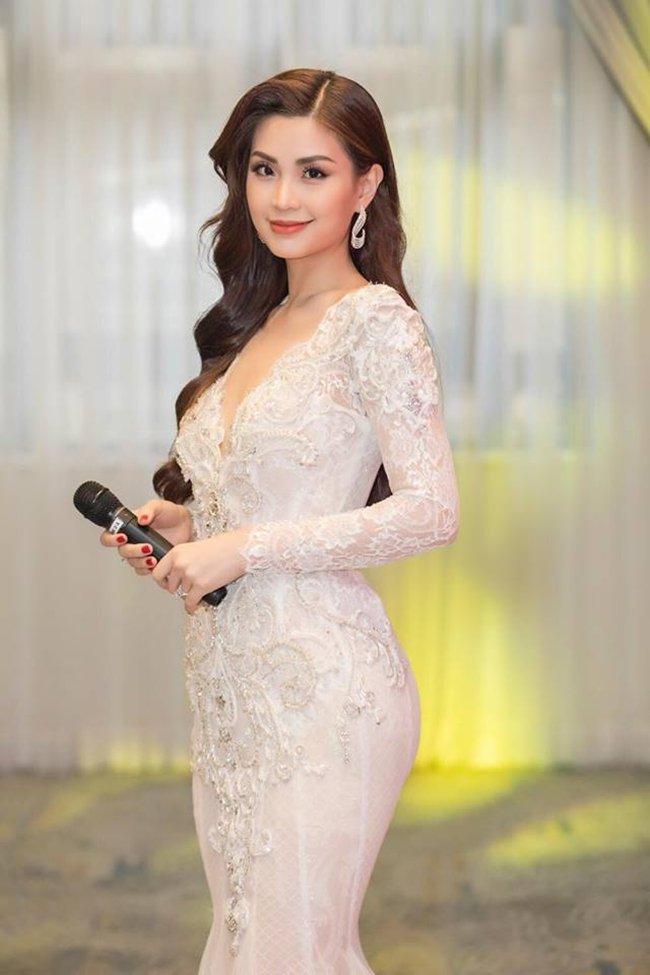 Vẻ gợi cảm của các hot girl VTV từng thi hoa hậu-11
