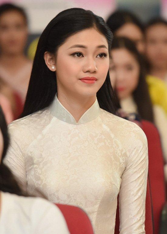 Vẻ gợi cảm của các hot girl VTV từng thi hoa hậu-29