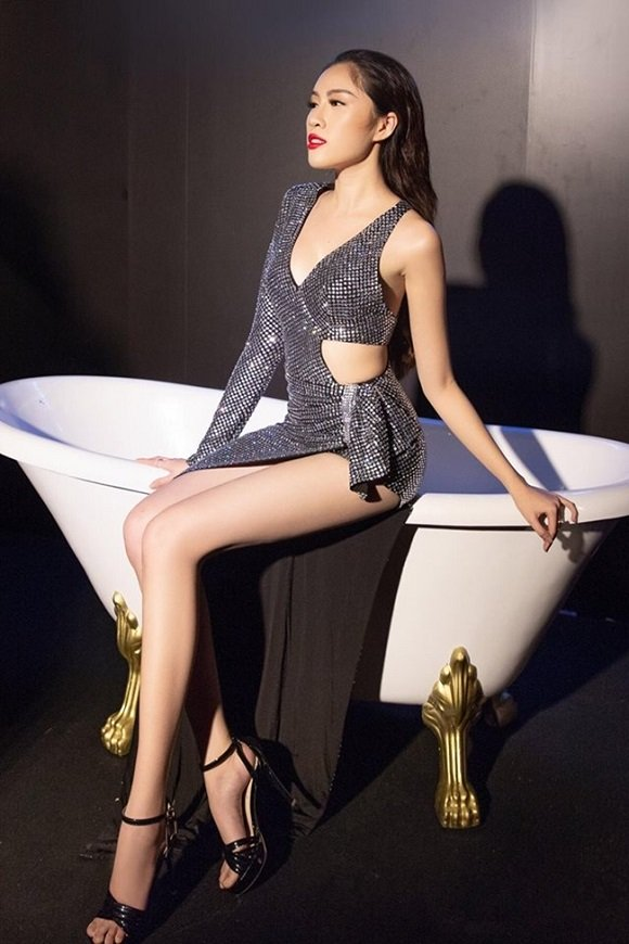 Vẻ gợi cảm của các hot girl VTV từng thi hoa hậu-1