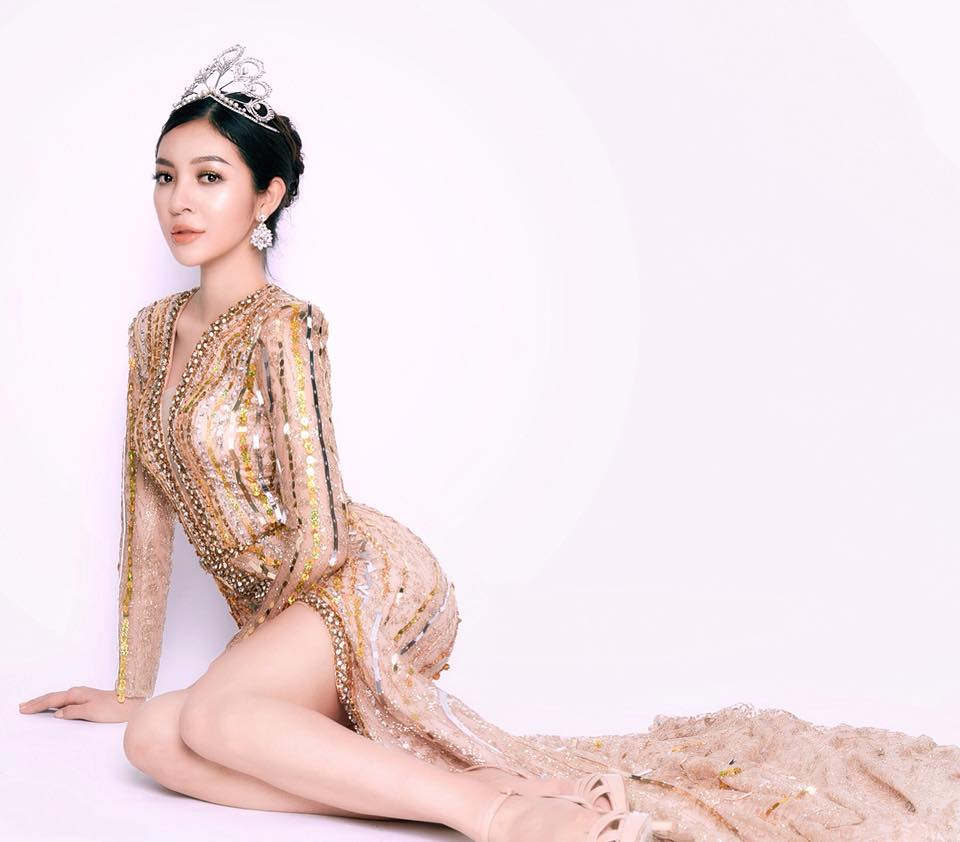 Vẻ nóng bỏng của người đẹp siêu vòng 3 thi The Face 2018-6