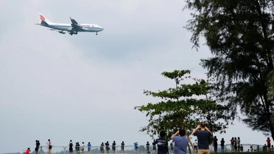Hé lộ hành trình bí mật của chuyên cơ chở Kim Jong Un tới Singapore-1