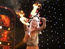 Rùng mình với màn ăn lửa, nuốt rắn của thí sinh 'Ảo thuật siêu phàm'