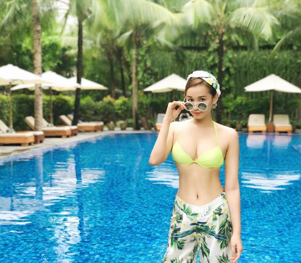 Ngắm trọn thân hình vạn người mê của Lã Thanh Huyền-10