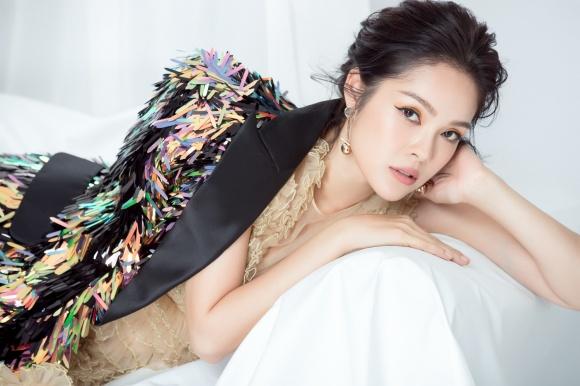 Dương Cẩm Lynh lần đầu lột xác cá tính, gai góc trong bộ ảnh mới-9