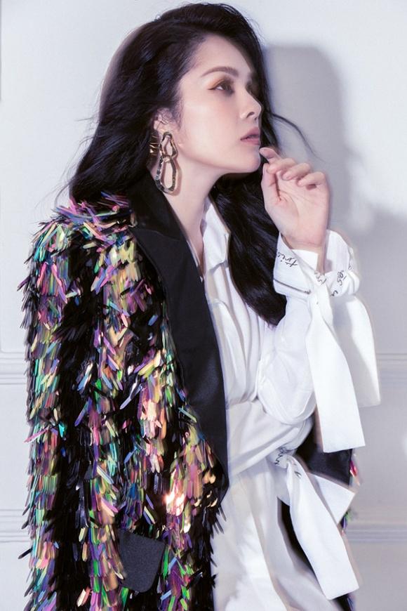 Dương Cẩm Lynh lần đầu lột xác cá tính, gai góc trong bộ ảnh mới-14