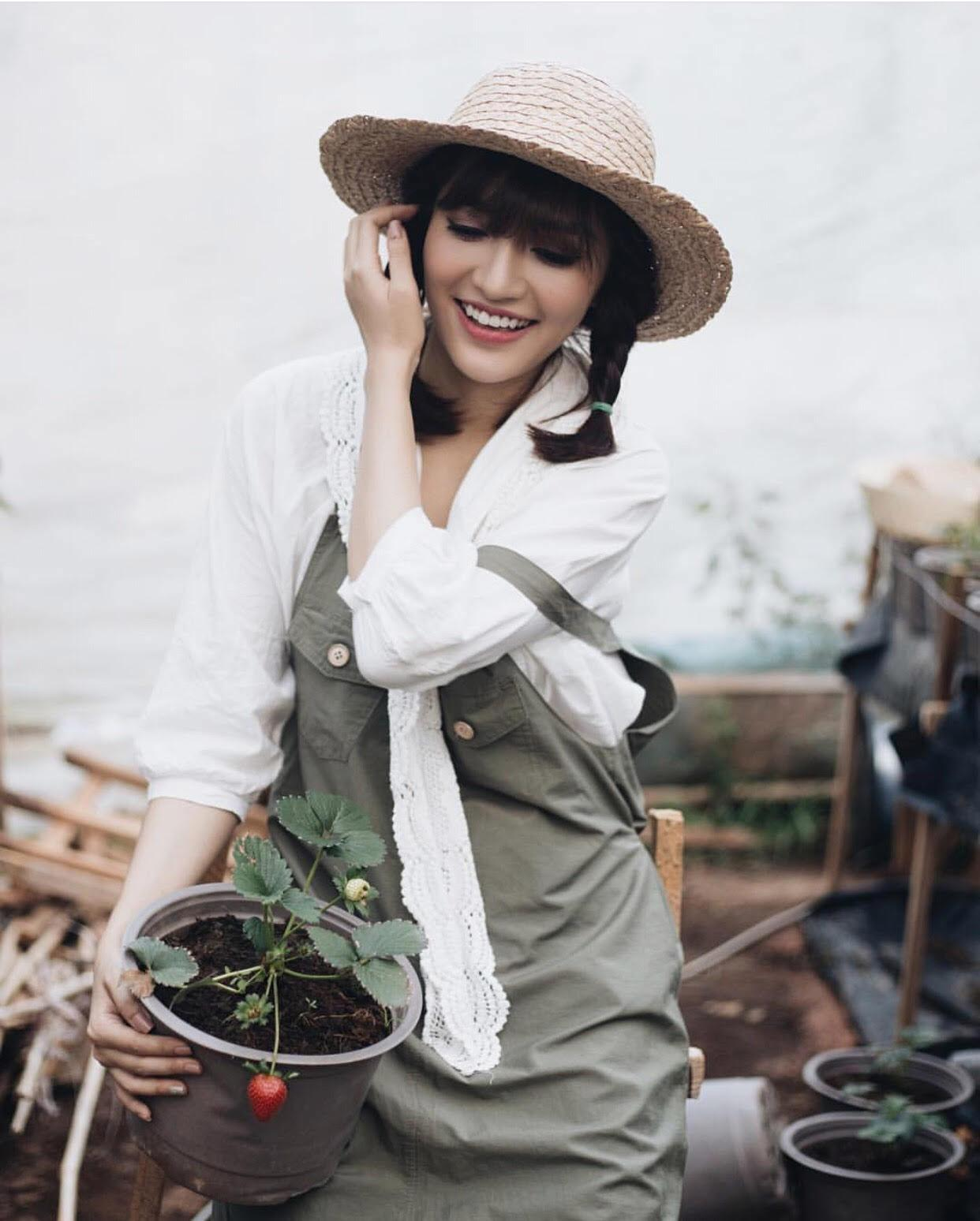 Kiểu tóc tưởng quê mùa, lỗi mốt bỗng dưng trở lại khiến người đẹp Việt mê mệt-6