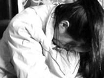 Bé gái 14 tuổi bị hãm hiếp trong toilet siêu thị gây phẫn nộ