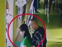 Trung Quốc: Ông cụ đón nhầm cháu tại nhà trẻ, đã thế còn dẫn luôn