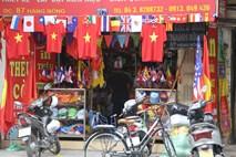 Ảnh: Sức nóng World Cup lan tỏa khắp phố phường Hà Nội