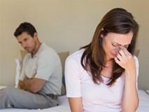Vợ sốc vì trước mặt chồng xin tha thứ, sau lưng lại nói với bồ