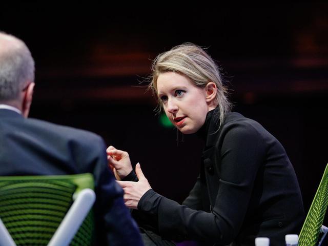 Chuyện đời nữ tỷ phú trẻ nhất thung lũng Silicon bỗng chốc hóa tay trắng-13