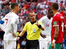 Cầu thủ Morocco tố trọng tài lén lút xin áo đấu của Ronaldo