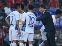 Bầu Đức chi tiền sắm ngoại binh giúp HA Gia Lai lọt top 5 V.League
