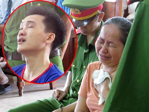 Người mẹ khóc nức nở xin tha tội chết cho kẻ giết con mình