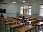 Nhân vật lạ xuất hiện trong phòng thi khiến sinh viên vừa ngỡ ngàng vừa buồn cười-3