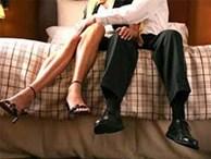 Bi hài ông lão U70 định 'vui vẻ' với gái trẻ thì... đau tim khiến lễ tân kinh hãi