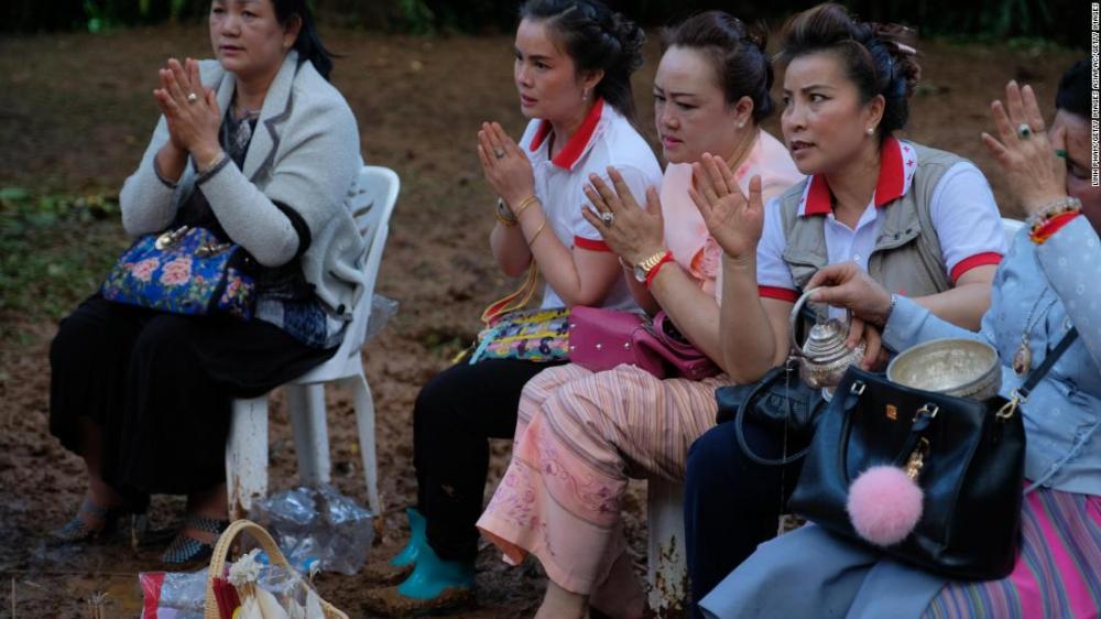 Thái Lan chạy đua với thời gian giải cứu 12 thiếu niên và huấn luyện viên mất tích do mưa lũ-3