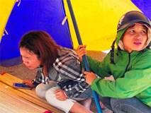 Đau xót cha mẹ gào khóc bên thi thể con gái 5 tuổi bị tai nạn thương tâm