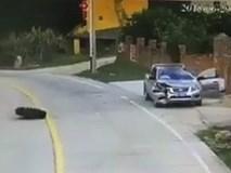 Người đàn ông may mắn thoát khỏi tai nạn từ trên trời rơi xuống