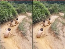 Khi trẻ em vùng núi chơi cầu trượt nước
