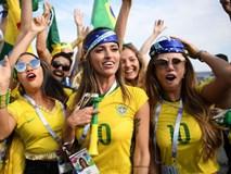 Mê mẩn những cô nàng khoác áo Neymar