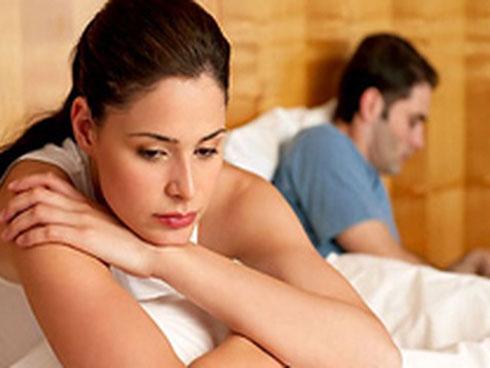 Kết hôn gần 1 năm chồng vẫn không chạm vào vợ, chỉ vì vợ thú nhận không còn trong trắng