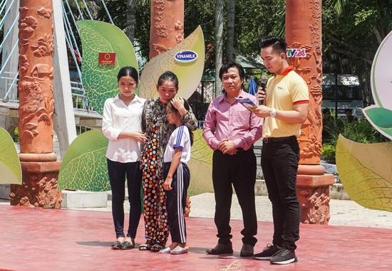 Vinamilk tặng 76.500 ly sữa cho trẻ em Vĩnh Long-2
