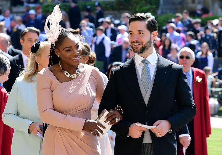 Điều ít biết về cô bạn thân như hình với bóng của Meghan và Serena Williams-5