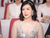 Tuổi U50, HH Bùi Bích Phương mặc váy xuyên thấu vẫn gợi cảm quyến rũ