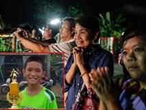 Mẹ cậu bé Thái được cứu khỏi hang: Nghe tên con là hạnh phúc đủ rồi!