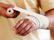Từ trường hợp bị bỏng khi đi mát xa chân, bác sĩ hướng dẫn cách sơ cứu an toàn nhất