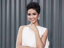 Hoa hậu H'Hen Niê khoe vóc dáng quyến rũ với kiểu tóc ngắn đầy biến hoá
