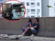 Tiếng khóc xé lòng khi thai phụ 6 tháng mắc kẹt trong xe khách bị cháy rụi ở Hà Nội
