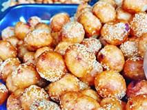 5 hàng bánh rán tuyệt ngon nên thử ngay khi vào phố cổ chơi nhân ngày mát trời