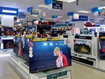 Tivi xịn mất giá 20 triệu: Hàng tốn đầy kho, giá còn giảm nữa