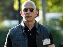 Jeff Bezos cho Bill Gates