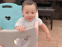 """""""Rò rỉ"""" ảnh mới nhất của con trai Bella trắng trẻo nõn nà, cười khoe răng thỏ, Hằng Túi tiết lộ thời hạn chăm sóc bé"""