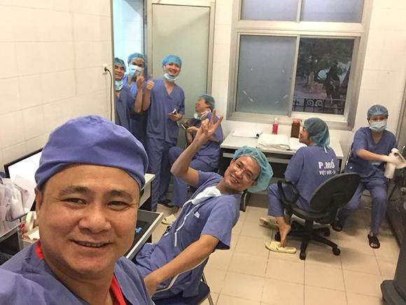Mẹ danh hài Tự Long nhập viện cấp cứu, phải cắt một quả thận-3