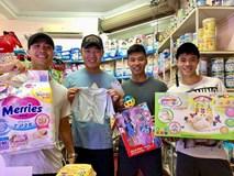 Công Phượng, Xuân Trường hào hứng mua bỉm sữa tặng Quế Ngọc Hải