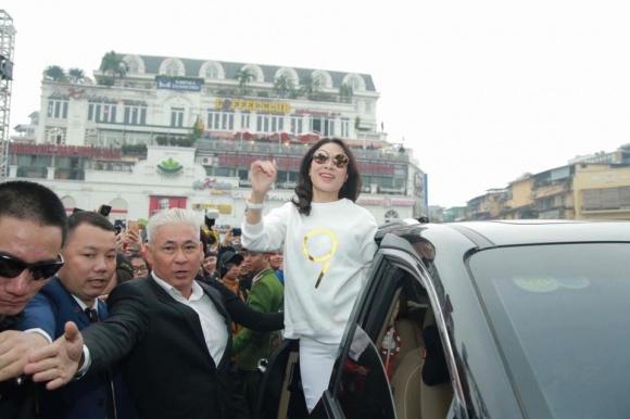 Đời tư kín tiếng của diễn viên Nguyễn Văn Tùng - người kiêm vệ sĩ bảo vệ các ngôi sao nổi tiếng-17