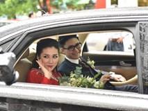 Lễ rước dâu của Tú Anh và chồng làm trong ngành xây dựng gây chú ý bởi hàng dài xe sang trọng xếp dọc khu phố.