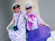 Khi bà ngoại cũng 'sống ảo': Hết ảnh mới, bà tự cắt ghép hình rồi chụp lại theo concept đăng Facebook