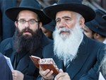 Không chỉ dạy đọc sách, người Do Thái còn giúp con phát triển tư duy nhờ điều đơn giản này-2