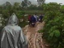 Video: Hiện trường rơi máy bay quân sự ở Nghệ An