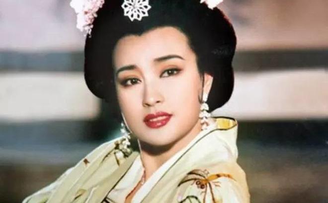 Chồng Lưu Hiểu Khánh: 30 năm nuôi mộng ôm nàng Võ Tắc Thiên, hồi sinh khi lấy vợ tuổi U80-4