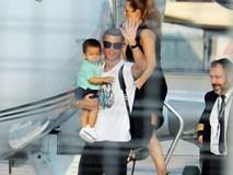 Ronaldo đáp máy bay xuống Turin, sẵn sàng cho buổi tập ở Juve